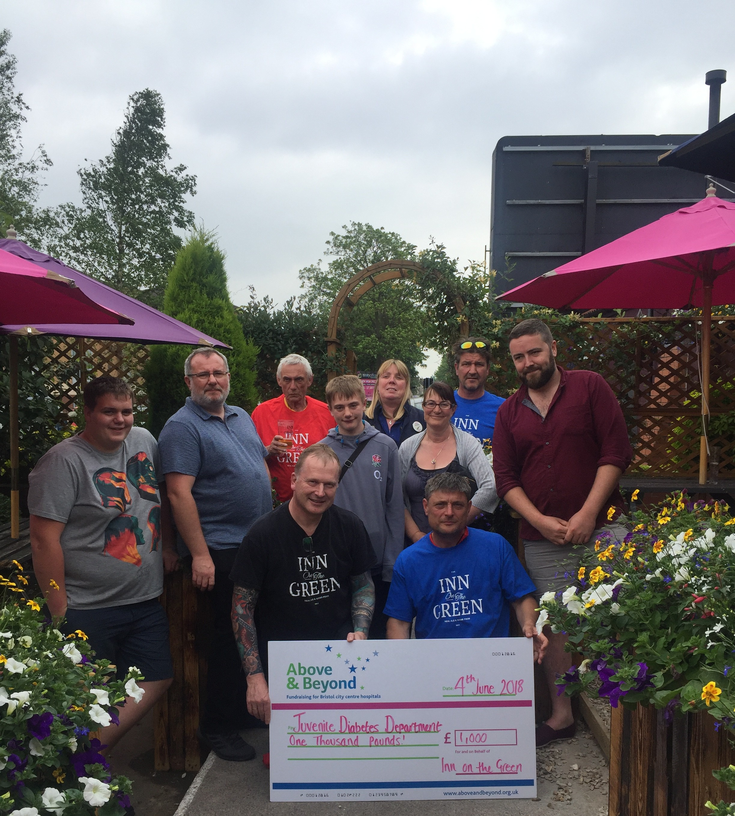 Pub's £1,000 to fight juvenile diabetes